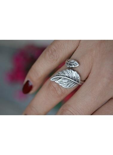 Stoneage Yaprak Bayan Bohem Yüzük Ayarlı Gümüş